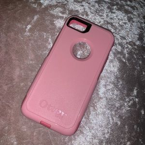 Pink Otterbox iPhone 6/7/8 Case 💗